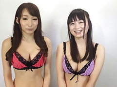2 Hot asian in lingerie
